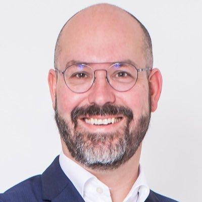 Mr. R. van Coolwijk (Rob)